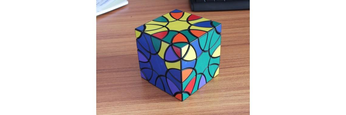 Clover Cube I